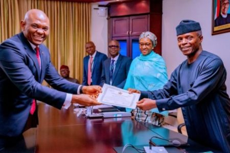 Nigeria FG presents `certificate of discharge' to Transcorp
